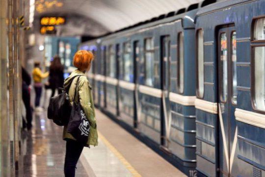 Bakıda metroda problem yarandı –
