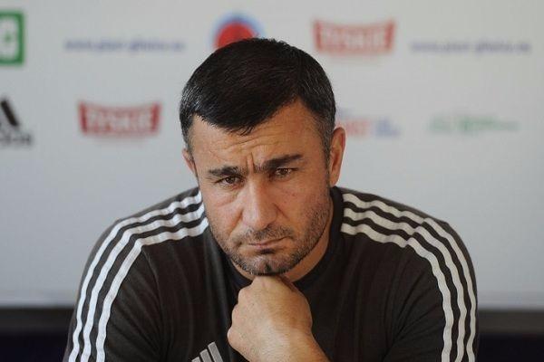 Qurbanov Mircavadovun rekordunu təkrarlayıb