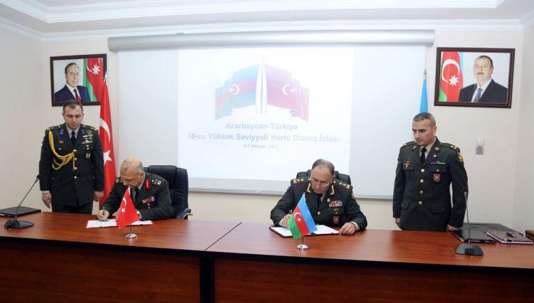 Azərbaycan-Türkiyə 10-cu Yüksək Səviyyəli Hərbi Dialoq İclasının Protokolu imzalanıb