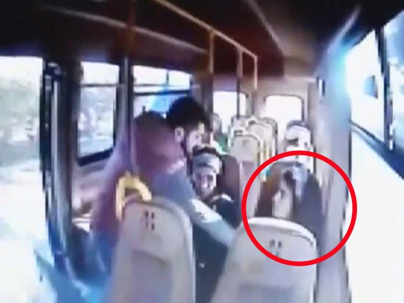 Tələbə qızın avtobusdan qaçırıldığı anın görüntüləri yayıldı
