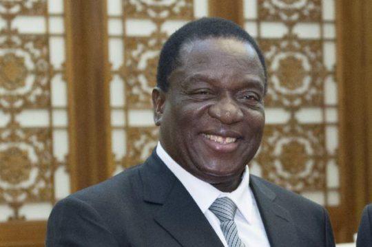 Zimbabve prezidenti hərbçilərə yüksək vəzifə verdi