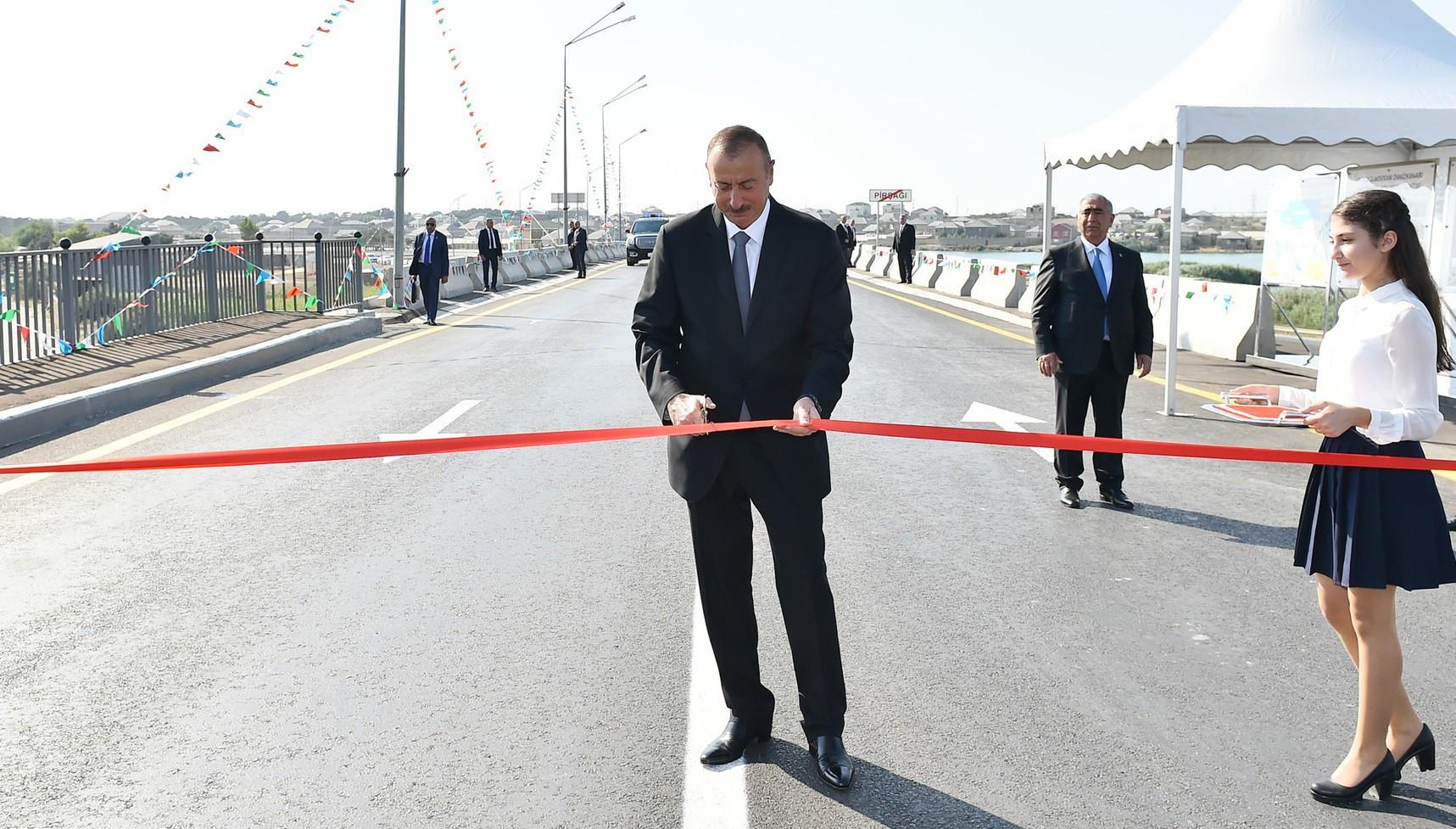 Prezident 12 kəndi birləşdirən yolu istifadəyə verdi