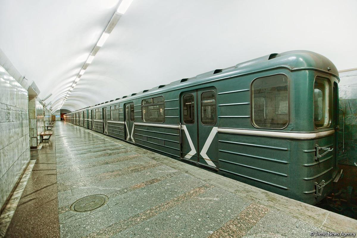 Bakı metrosunda intihar