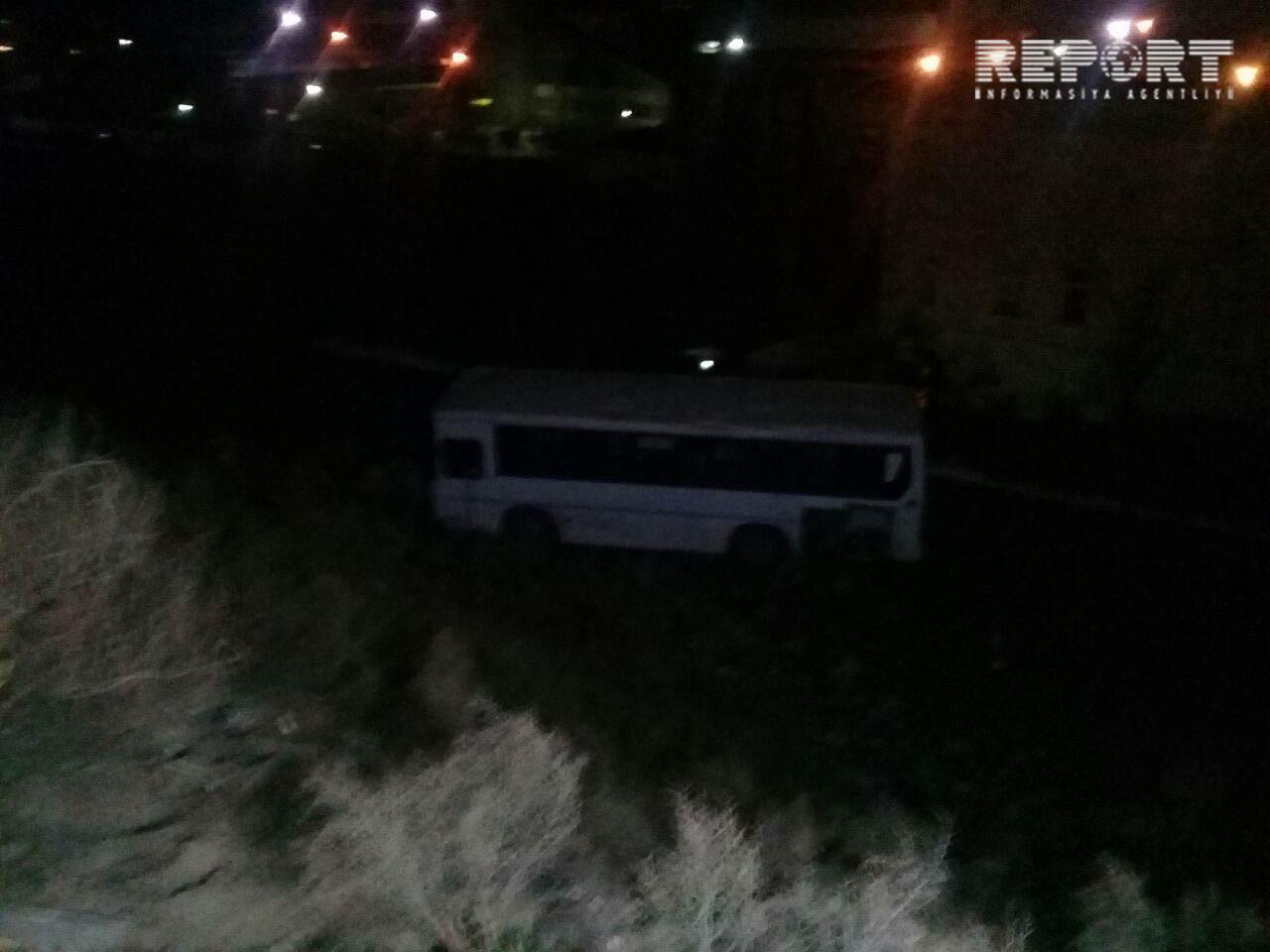 Bakıda sərnişin avtobusunun dərəyə aşması nəticəsində yaralananların adları məlum olub –