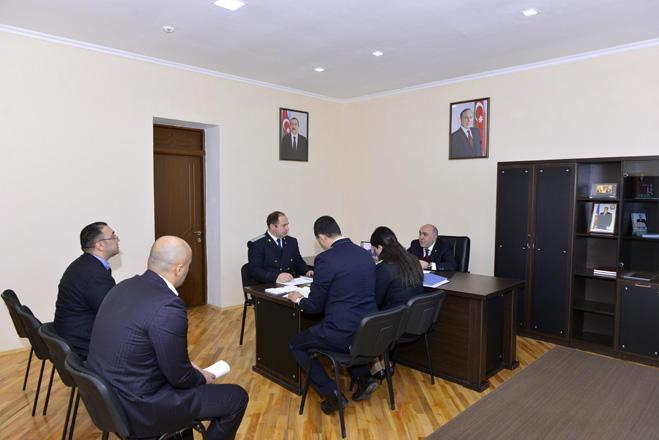Zakir Qaralov Qobustanda vətəndaşları qəbul edib