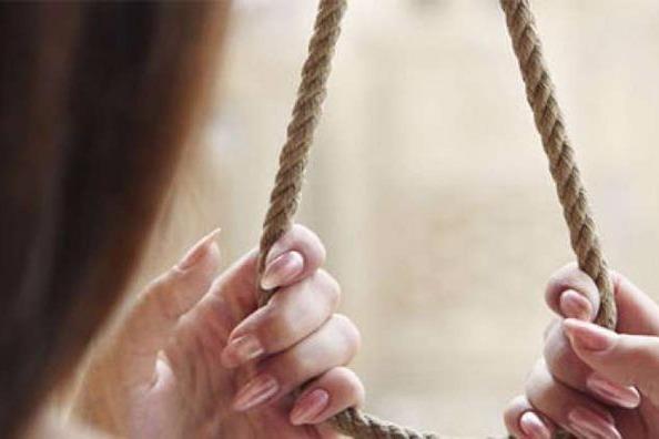 Cəlilabadda məktəbli qız intihar edib