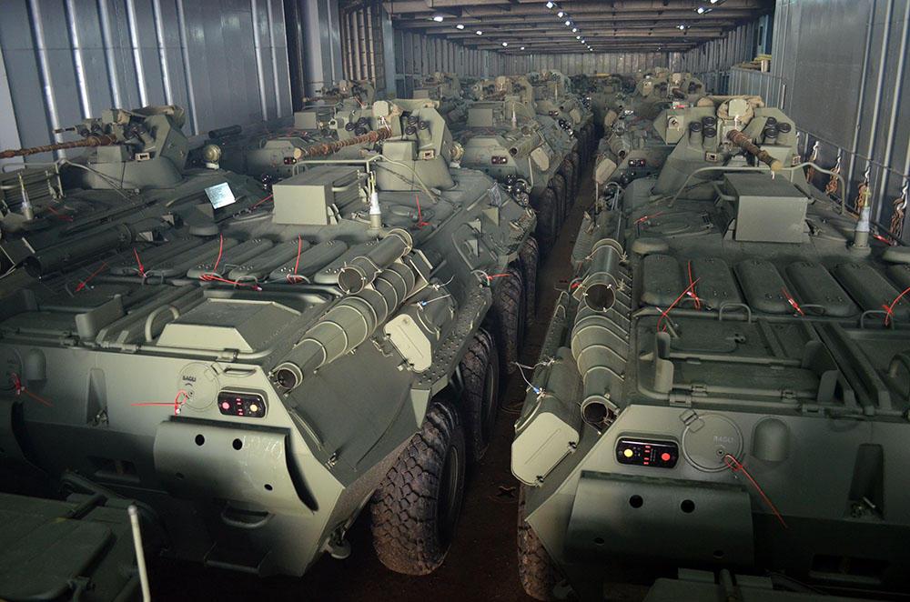 Rusiyadan Azərbaycana müasir hərbi texnikalar gətirilib