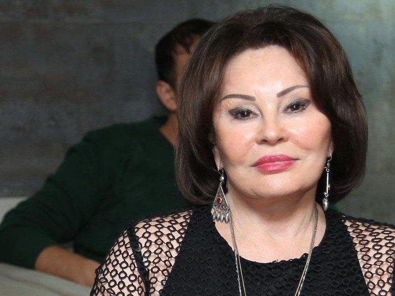 Amaliya Pənahova jurnalistləri təhqir etdi