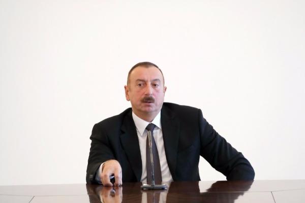 Dövlət başçısı:
