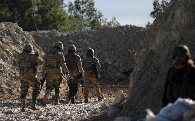 Türkiyə artilleriyasının zərbələrindən sonra YPG qüvvələri Afrindən geri çəkilib