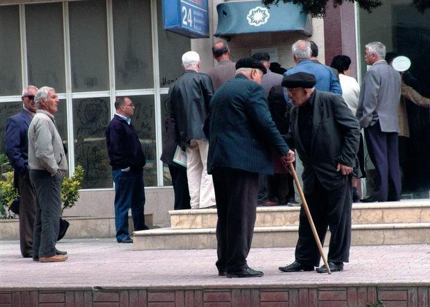 Pensiyaların artımla veriləcəyi vaxt açıqlandı