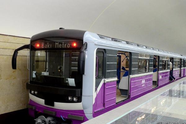 Metroda bu yerlərdə də siqaret çəkmək
