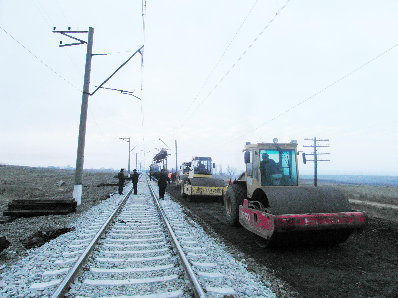 Bakı-Böyük Kəsik istiqamətində 600 km dəmir yolu əsaslı təmir olunur