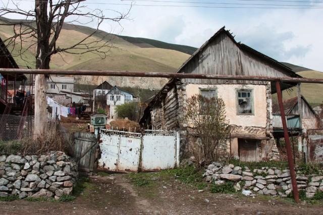 Ermənistan kəndlərində vəziyyət getdikcə ağırlaşır