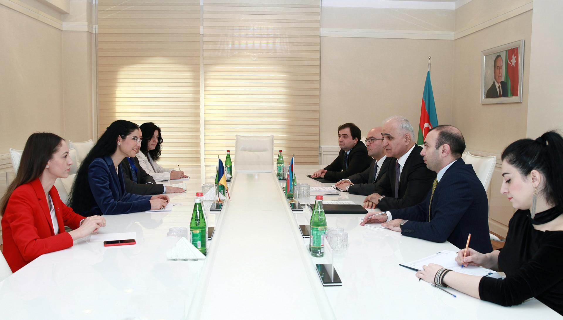 Azərbaycan-Rumıniya iqtisadi əlaqələrinin genişləndirilməsi müzakirə olunub