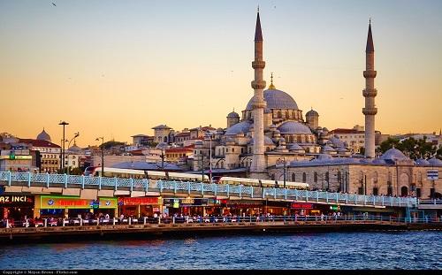 Türkiyədə ev alan azərbaycanlıların sayı artır