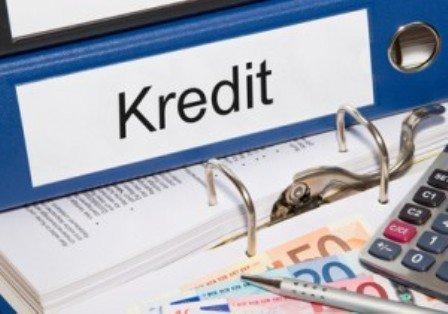 Problemli kreditlər 70 milyon artıb