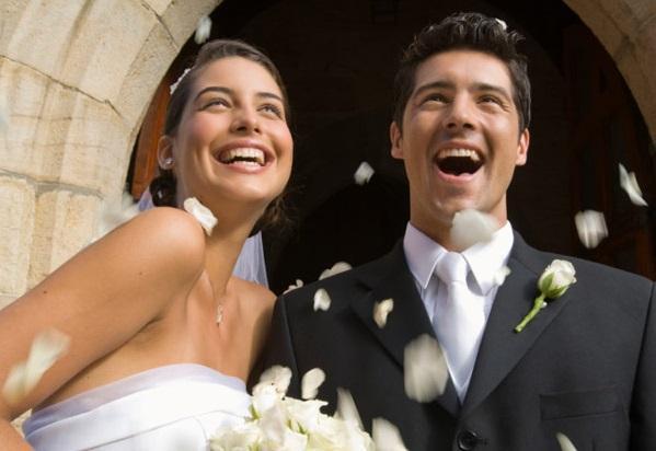 Xoşbəxt evliliyin 10 asan yolu…