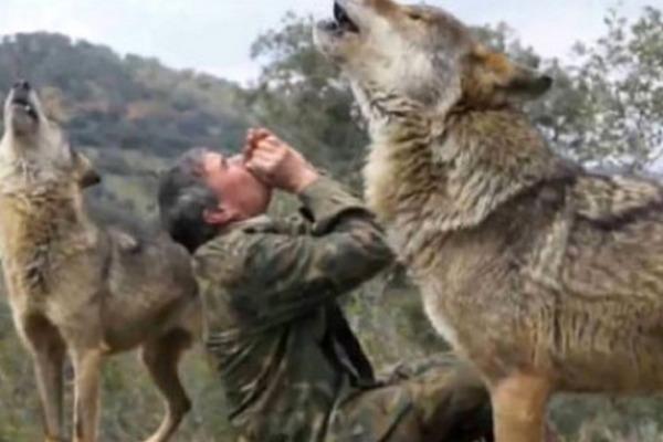 Canavarların böyütdüyü adam: