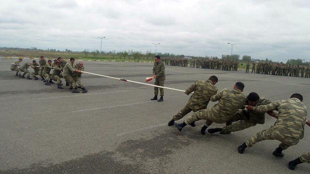 Azərbaycan ordusunda idman yarışları keçirilir