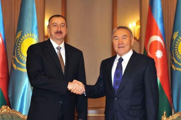 """""""Nazarbayev bizim ağsaqqalımızdır"""""""