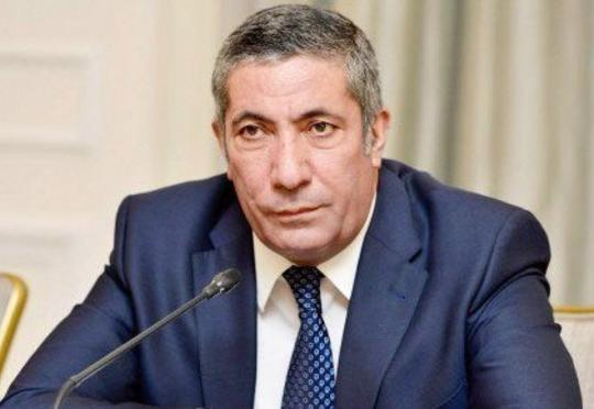 Siyavuş Novruzov Müdafiə Nazirliyindəki dəyişiklikliyi yüksək səviyyədə qiymətləndirdi