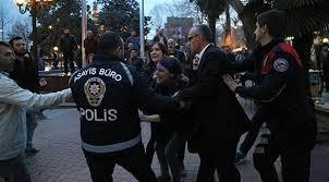 """Polis """"Taksim"""" meydanına giriş-çıxışı bağladı"""