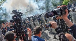 Ermənistanda 33 etirazçı yaralandı