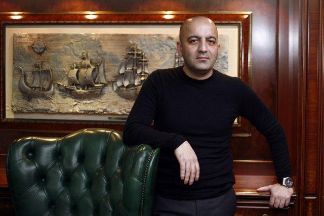 Mübariz Mənsimov Oqtay Gülalıyevin oğluna müraciət etdi: