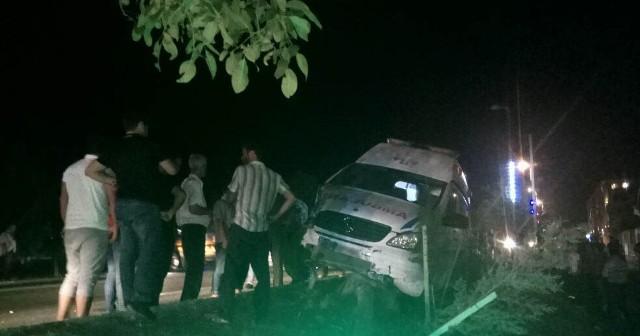 Ağstafada təcili yardım qəzasında 3 nəfər yaralandı