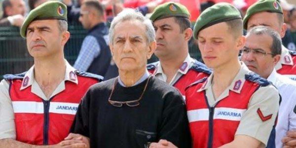 Türk generala qarşı Azərbaycanda da istintaq başlayıb
