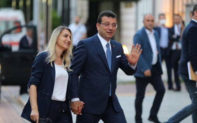 Əkrəm İmamoğlu ilə xanımının tanışlıq hekayəsi