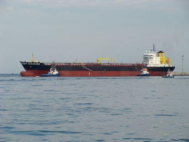 Xəzər dənizində tanker partladı: