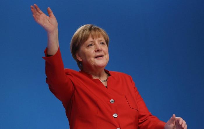 G7 sammitinin keçiriləcəyi yeri seçmək Trampın hüququdur