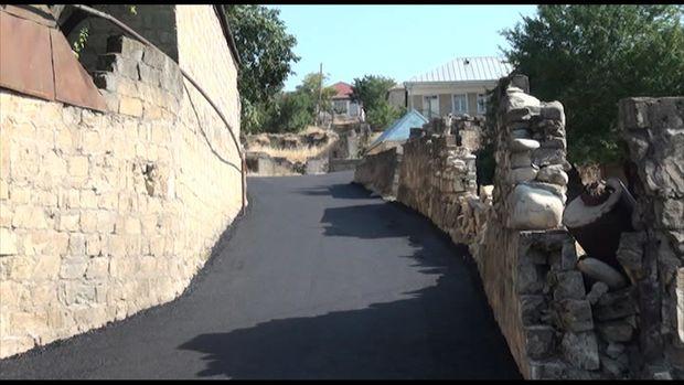 Xeyriyyəçi kənd sakinləri kəndə asfalt yol çəkdirdilər