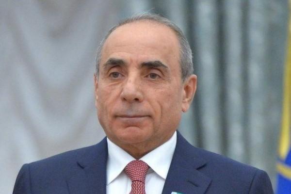 Yaqub Eyyubovun oğlunun getdikcə böyüməkdə olan biznesi
