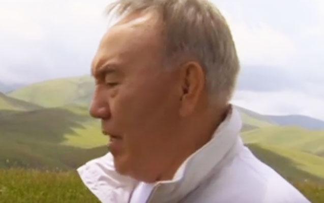 Nursultan Nazarbayev klip çəkdi