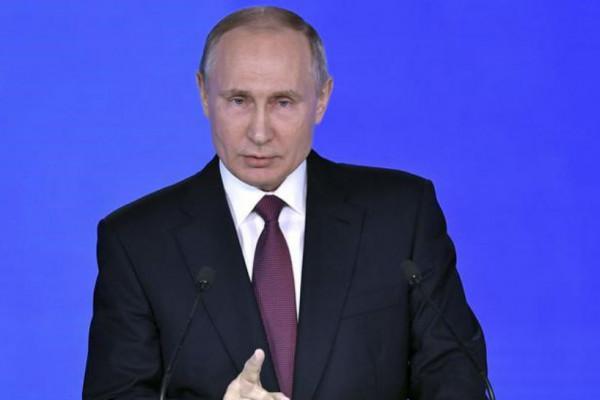 Putin ölkədə baş verən etiraz aksiyalarından danışdı