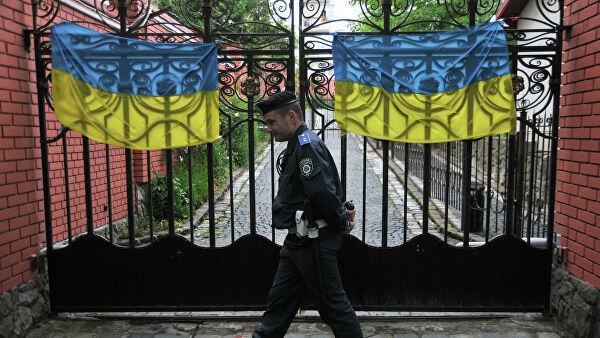 Rusiyalı diplomatı Ukraynadan qovdular
