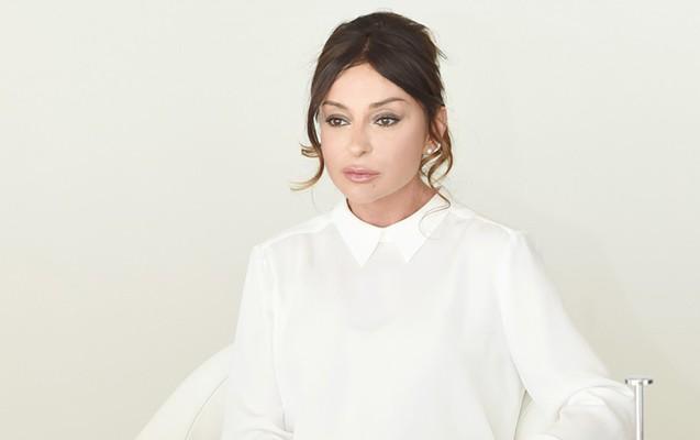 """Mehriban Əliyeva """"Dostluq"""" ordeni ilə təltif edildi"""
