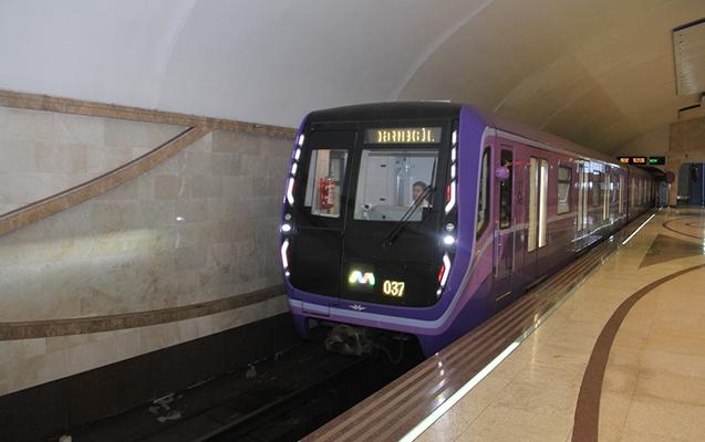 Bakı metrosunda daha iki qatar xəttə buraxıldı