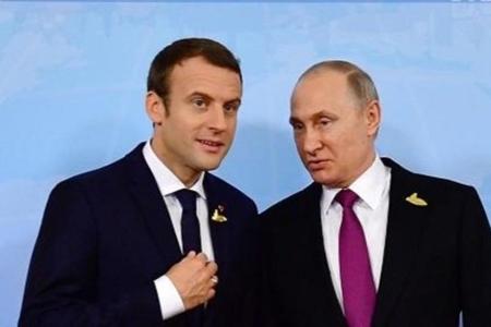 Makron açıq şəkildə Kiyevi Putinə satır