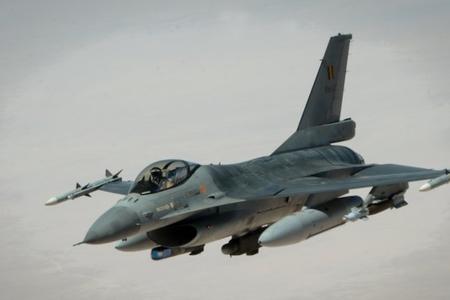 Belçika Hava Qüvvələrinə məxsus F-16 qırıcısı qəzaya uğrayıb