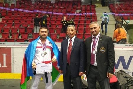 Karateçimiz dünya çempionatında qızıl medal qazanıb