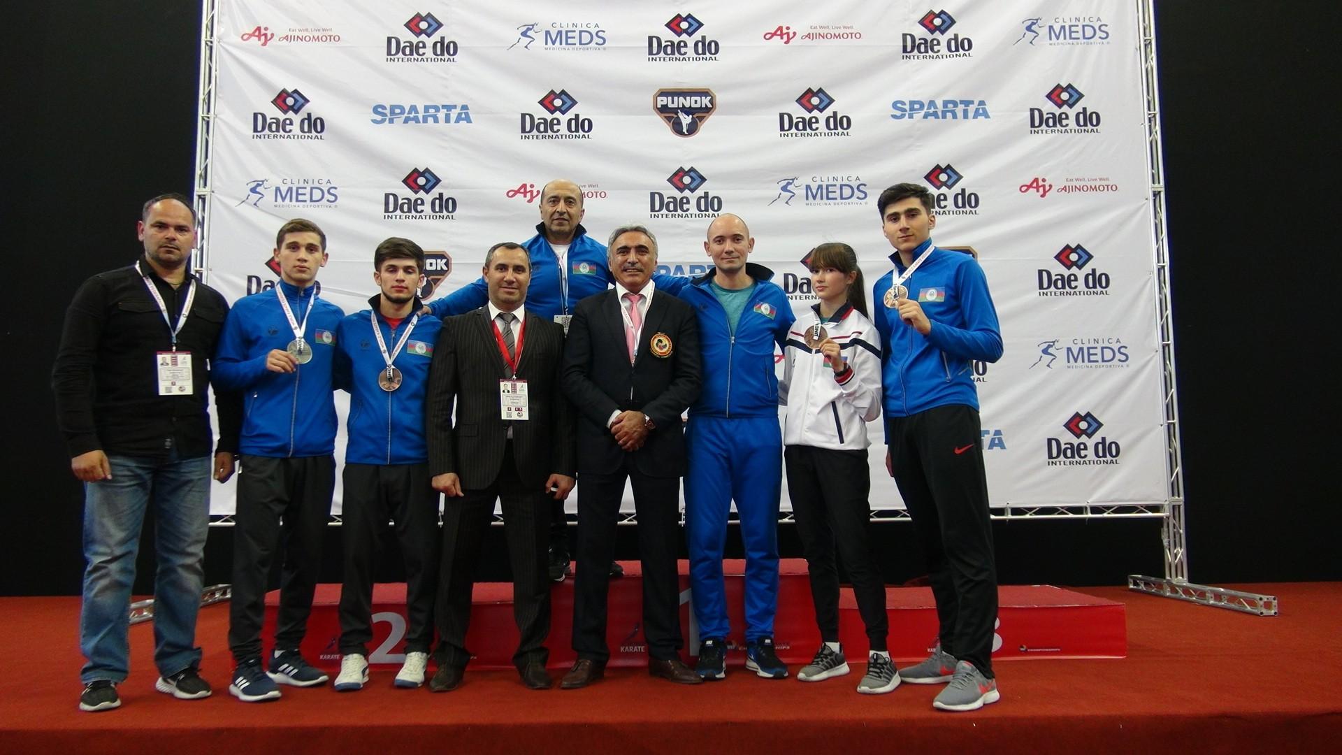 Azərbaycan karateçiləri Çilidə 4 medal qazandı -