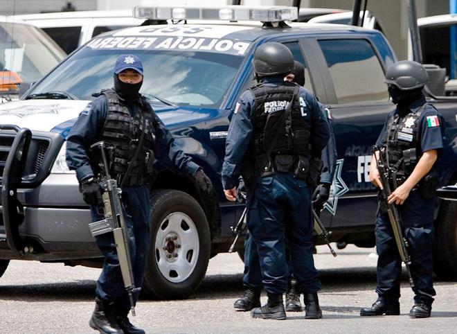 Meksikada ordu qərargahına hücum