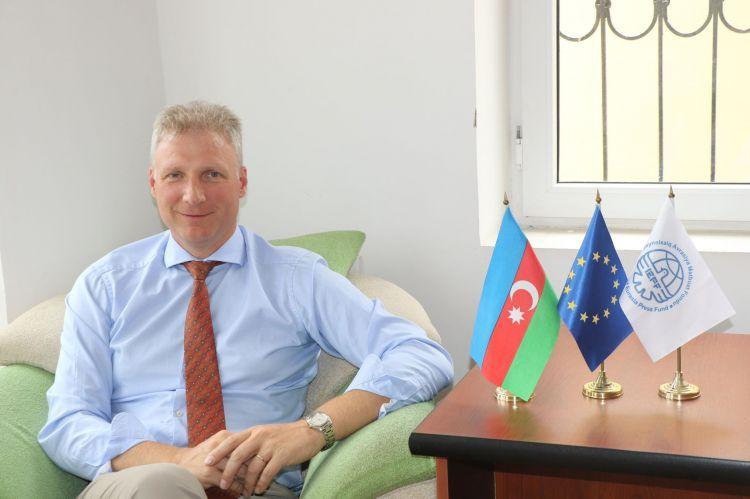 """""""Azərbaycanda bərpa olunan mənbələr üzrə elektrik enerjisinin maya dəyəri azalıb"""""""
