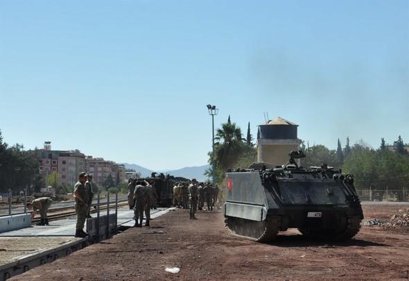 Ruslar bombaladı, amma Türkiyə ordusu geri çəkilmədi