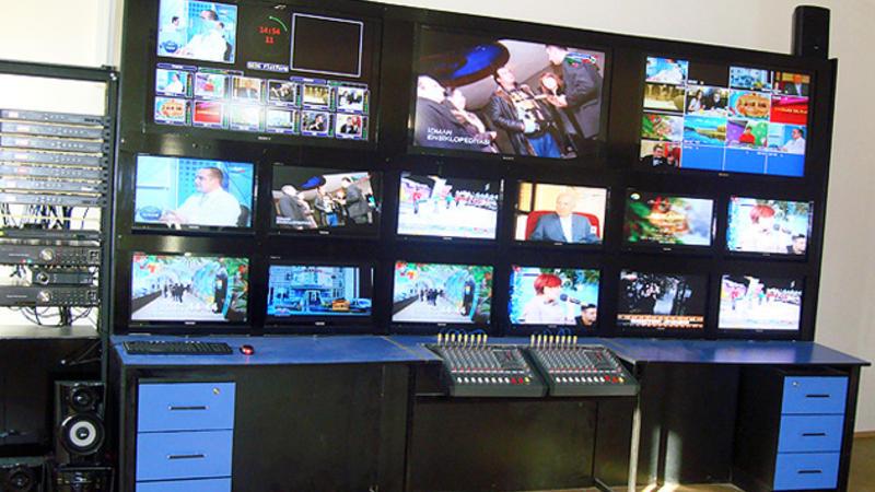 Fərhad Bədəlbəyli televiziya kanallarını tənqid etdi