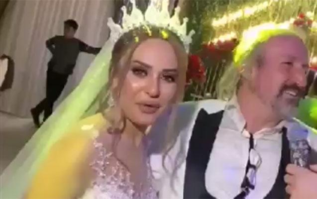 Türkiyəli aparıcı Bakıda jurnalist xanımla evləndi – Video